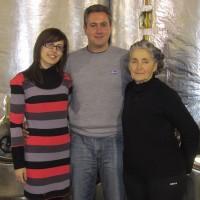 Maria und Dimitrios Sinanos – mit seiner Mutter, die auch Maria heißt
